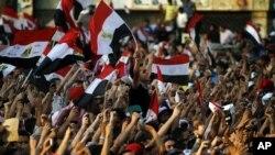 مصر کے تحریر اسکوئر میں مظاہرین کا ہجوم