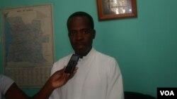 Padre Francisco Mbambi, Namibe