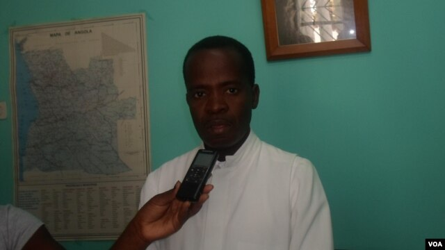 Padre Francisco Mbambi