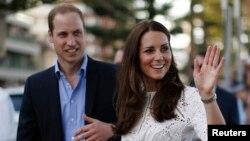 Pangeran William dan istrinya, Catherine, saat mengunjungi Sydney, Australia bulan April lalu (foto: dok).