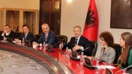 Blair bashkëpunim me qeverinë shqiptare