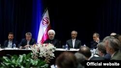 روحانی در جمع برخی از مدیران رسانههای آمریکایی