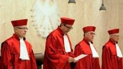 اثر حکم دادگاه قانون اساسی آلمان بر يورو