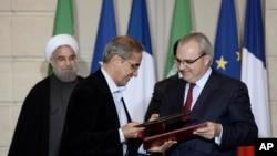 İran'la nükleer anlaşmanın hemen ardından Avrupalı şirketler İran'la yatırım anlaşmalarına imza atmıştı.