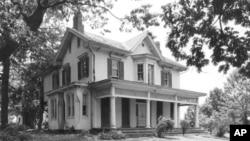 Cedar Hill, home of Frederick Douglass, in Washington, DC's Anacostia neighborhood, shown here in 1905.