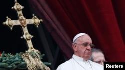 La semana pasada, medios italianos reportaron que la gendarmería del Vaticano estaba investigando el falseó de la computadora de un prelado de alto nivel que tiene que ver con asuntos financieros.