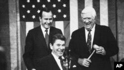 1983年1月25日美国总统里根在国会准备发表国情咨文