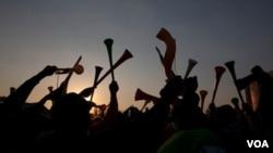 Las vuvuzelas se convirtieron en la corneta de la celebración durante el pasado Mundial de fútbol, aunque su estruendoso ruido provocó que se prohibieran en algunos estadios de Europa.
