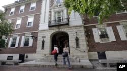 Kampus Harvard University, salah satu dari 55 universitas di AS yang menghadapi penyelidikan atas kasus serangan seksual. (Foto: Ilustrasi)