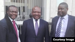 Lawyer David Hofisi, Mayor Bernard Manyenyeni and lawyer Dzimbabwe Chimbga outside the Harare High Court