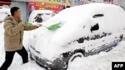 Власти Южной Кореи ликвидируют последствия рекордного снегопада