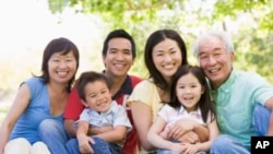 چین: ایک خاندان ایک بچہ کےقانون پر نظر ثانی کی اپیل