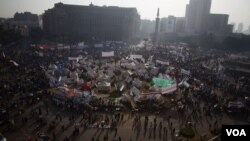 Unjuk rasa ribuan warga Mesir menyuarakan protes atas dekrit Presiden Morsi dengan berkumpul di Lapangan Tahrir, Kairo, telah memasuki hari ke-8, hari ini (30/11).