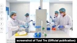 Các nhà chuyên môn nghiên cứu để chế tạo vắc xin Covid-19 tại công ty NANOGEN ở Việt Nam; tháng 12/2020
