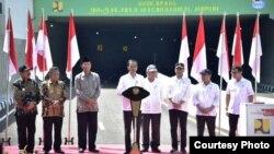Presiden Jokowi meresmikan terowongan terpanjang di Indonesia, Jumat, 31 Januari 2020. (Foto: Humas Kemen PUPR)