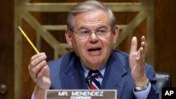 Robert Menéndez puso de relieve los abusos cometidos contra civiles inocentes en Venezuela.