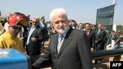 Premijer Srbije Mirko Cvetković svečano otvara početak radova na južnom kraku magistarlnog gasovoda kroz Srbiju (Niš-Leskovac-Vranje) u selu Kočane pored Niša
