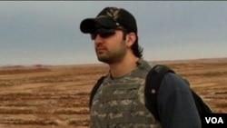 Las autoridades iraníes acusaron a Amir Hekmati de espionaje y en un segundo juicio lo condenaron a 10 años de prisión.