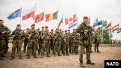 هزاران سرباز ناتو هم اکنون در افغانستان مصروف ماموریت آموزشی و مشورتی به قوای افغان اند