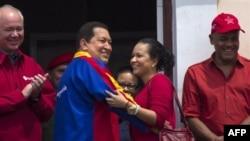 چاوز از توطئه سوء قصد به جان رقيب انتخاباتی خود خبر می دهد