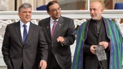 کرزی در استانبول بر مذاکره با طالبان از کانال پاکستان تأکيد کرد