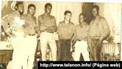 Os Úntues, grupo musical são-tomense. José Aragão é o segundo a contar da esquerda