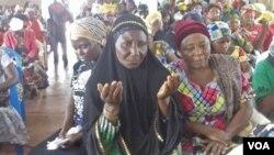 Wanawake wa DRC wanaomba amani iboreshwe nchini mwao.