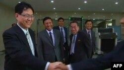 ျမန္မာကိုယ္စားလွယ္အဖဲြ႔ ေျမာက္ကိုရီယား Pyongyang ၿမဳိ႕ေတာ္ကို ေရာက္ရွိ (စက္တင္ဘာ ၁၄၊ ၂၀၁၅)
