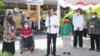 Presiden dalam peninjauan vaksinasi di SLB Negeri 1 Yogyakarta, Jumat (10/8). (Foto: Courtesy/Biro Setpres)
