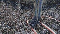 تظاهرات گسترده مردم در مرکز شهر هاما در ۲۱۰ کیلو متری دمشق علیه بشار اسد رئیس جمهوری سوریه در روز ۲۹ ژوئیه ۲۰۱۱