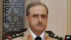 叙利亚国防部长达乌德·拉吉哈(资料照片)