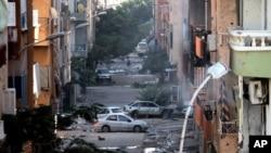 Kerusakan di Benghazi, Libya, menyusul bentrokan antara militer Libya dengan milisia Islamis. (Foto: Dok)
