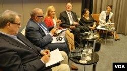 """Učesnici skupa """"Novi pakt za Evropu: Kako da ugrabimo priliku"""", koju je organizovao Centar za evropske politike."""