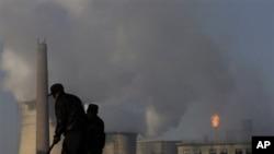 Một trong các nguồn ô nhiễm lớn nhất ở Trung Quốc là than đá.
