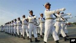 緬甸獨立日的儀仗隊