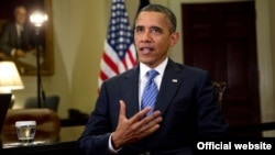 Presiden Barack Obama dalam pidato mingguannya di Gedung Putih, 3 Augustus 2012 (Chuck Kennedy/White House).