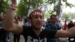 6일에도 터키 이스탄불 게지공원에서 반정부시위가 벌어졌다.