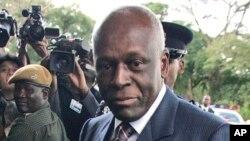 Le président Jose Eduardo dos Santos à Lusaka, Zambie, 12 avril 2008.