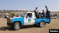 گروهی از نیروهای گارد ساحلی یمن. حوثی ها قرار بود تاسیسات بندر اصلی حدیده را به این نیروها تحویل دهند.