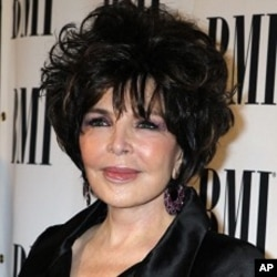 Songwriter Carole Bayer Sager poses at the 59th Annual BMI Pop Awards in Beverly Hills, California May 17, 2011.