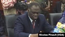 Michel Kafando, le 20 février 2016 à Niamey, Niger (VOA/Nicolas Pinault)