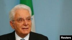 Le président italien Sergio Mattarella .