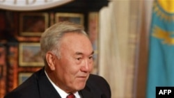 Президент Нурсултан Назарбаєв
