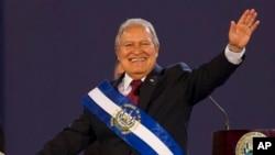 El presidente Salvador Sánchez Cerén es uno de los líderes históricos del FMLN.