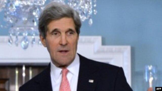Menteri Luar Negeri AS, John Kerry mendesak masyarakat internasional untuk memberikan tanggapan tegas atas percobaan nuklir Korea Utara (13/2).