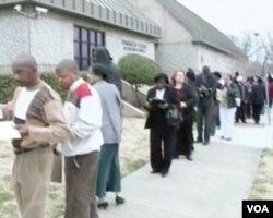 U koloni nezaposlenih je još uvijek 13 i po miliona Amerikanaca