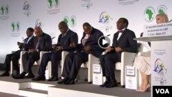 Président Félix Tshsiekedi ya RDC (3e de gauche) na mokokani wa ye ya Guinée équatoriale Teodoro Obiang Nguema (1er) na masolo ya Malabo, Guinée équatoriale, le 12 juin 2019.
