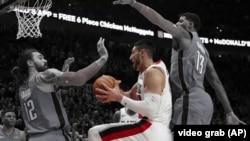 Enes Kanter, košarkaš najkvalitetnije lige sveta NBA (Video grab AP)