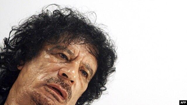 Độc tài như Adolf Hitler hoặc Moammar Gadhafi là độc tài trên cá nhân