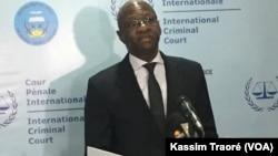 Mamadou Ismaël Konate, à Bamako, Mali, le 18 octobre 2017. (VOA/Kassim Traoré)